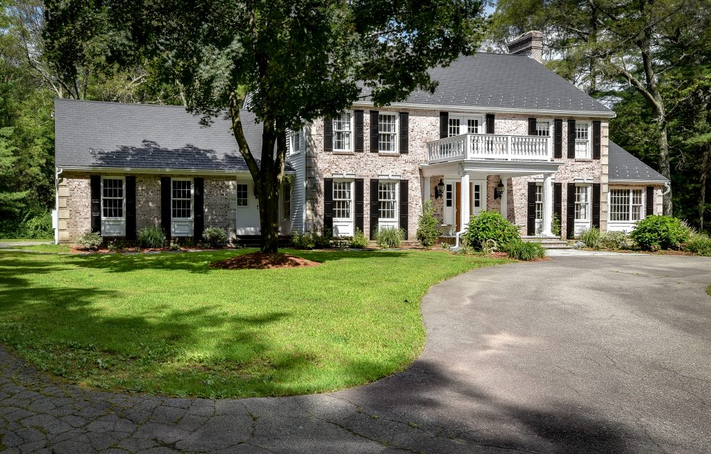 #dovermarealestate #doverma #colonial #pricereduction #dovercountryproperties
